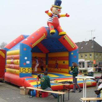 Klatschender Clown für Partys und Events