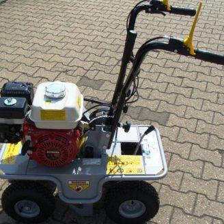 Rasensodenschneider/Rasenschälmaschine